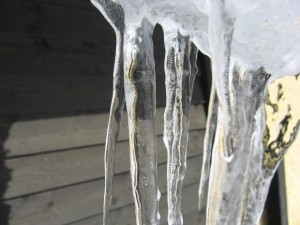 Prevent Ice Dam Water Damage
